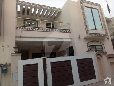 6 Marla Double Storey House For Sale In Gated Street