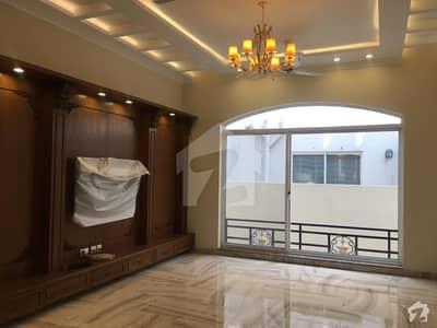 خیابانِ امین ۔ بلاک ایچ خیابان امین - فیز 1 خیابانِ امین لاہور میں 3 کمروں کا 5 مرلہ فلیٹ 35 ہزار میں کرایہ پر دستیاب ہے۔