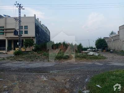 آئی 11/3 آئی ۔ 11 اسلام آباد میں 1.16 کنال کمرشل پلاٹ 16 کروڑ میں برائے فروخت۔