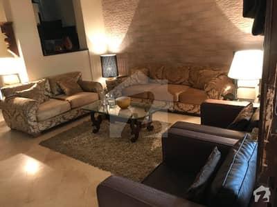 شامی روڈ کینٹ لاہور میں 2 کمروں کا 6 مرلہ مکان 2.6 کروڑ میں برائے فروخت۔