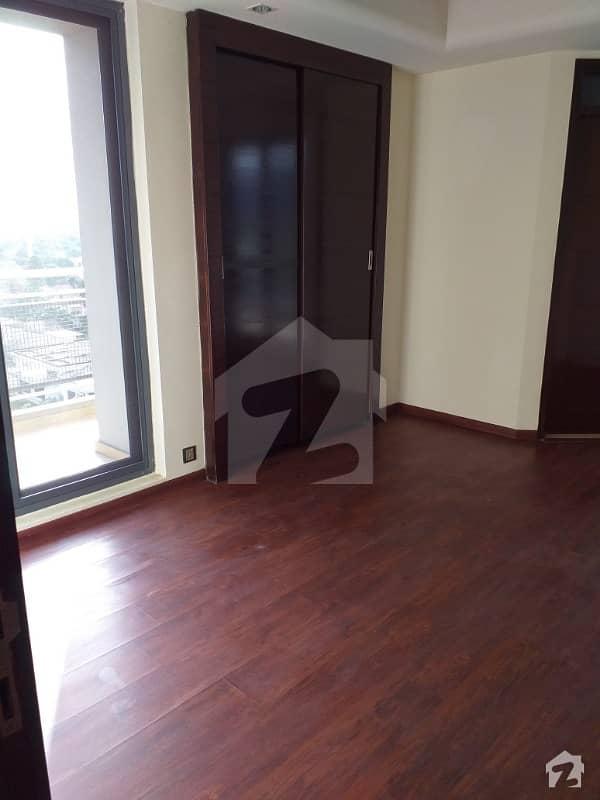 سلوراوکس اپارٹمنٹ ایف ۔ 10 اسلام آباد میں 2 کمروں کا 6 مرلہ فلیٹ 3.3 کروڑ میں برائے فروخت۔