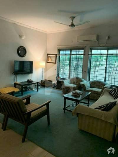 عسکری 10 عسکری لاہور میں 3 کمروں کا 1 کنال زیریں پورشن 1.1 لاکھ میں کرایہ پر دستیاب ہے۔