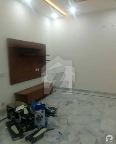 اسٹیٹ لائف ہاؤسنگ سوسائٹی لاہور میں 2 کمروں کا 10 مرلہ بالائی پورشن 35 ہزار میں کرایہ پر دستیاب ہے۔