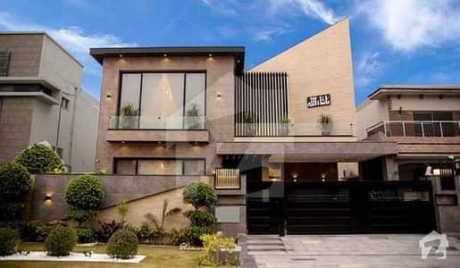 ڈی ایچ اے فیز 6 - بلاک این فیز 6 ڈیفنس (ڈی ایچ اے) لاہور میں 5 کمروں کا 1 کنال مکان 3.98 کروڑ میں برائے فروخت۔