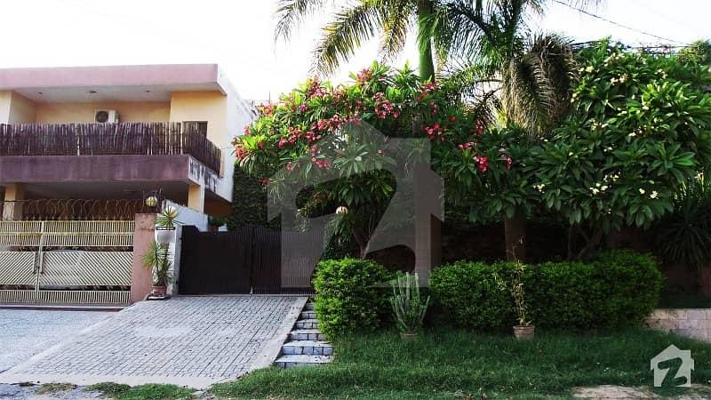 گلریز ہاؤسنگ سوسائٹی فیز 3 گلریز ہاؤسنگ سکیم راولپنڈی میں 4 کمروں کا 10 مرلہ مکان 2.5 کروڑ میں برائے فروخت۔
