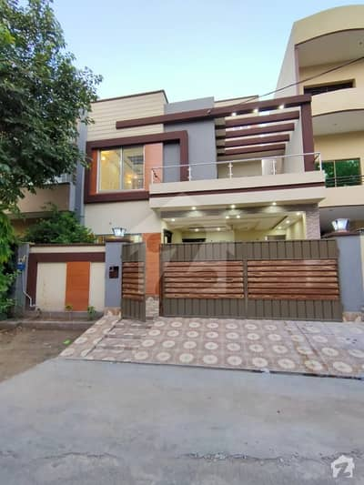 10 Marla Brand New Designer House With Solid Construction At Peaceful Location Near To Masjid And Market
