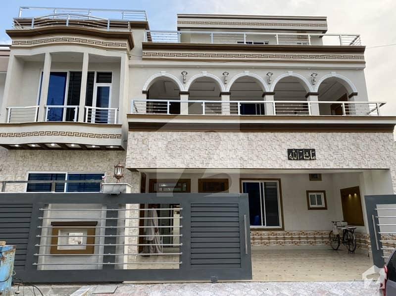 12 Marla Ready House For Sale