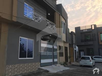 ورسک روڈ پشاور میں 4 کمروں کا 4 مرلہ مکان 90 لاکھ میں برائے فروخت۔