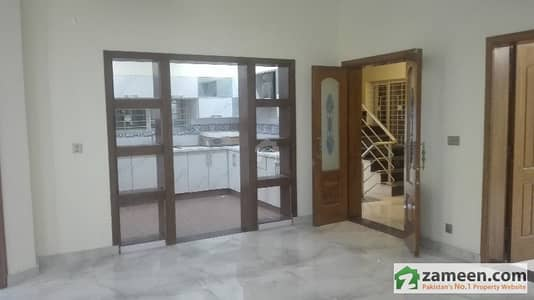 13 Marla Corner  Double Storey House For Rent In Bahria Town  Janiper Block Lahore