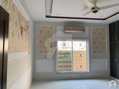 جوہر ٹاؤن فیز 1 - بلاک ایف2 جوہر ٹاؤن فیز 1 جوہر ٹاؤن لاہور میں 4 کمروں کا 1 کنال مکان 1.05 لاکھ میں کرایہ پر دستیاب ہے۔