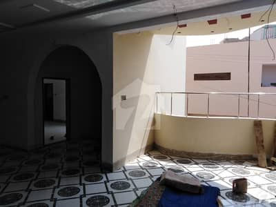 ریونیو ہاؤسنگ سوسائٹی قاسم آباد حیدر آباد میں 7 کمروں کا 10 مرلہ مکان 3.5 کروڑ میں برائے فروخت۔