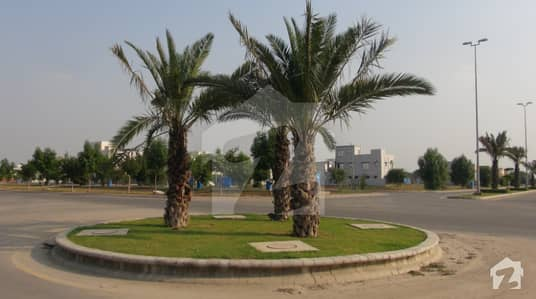 9.33 Marla Plot For Sale In Bahria Town Lahore Umar Block