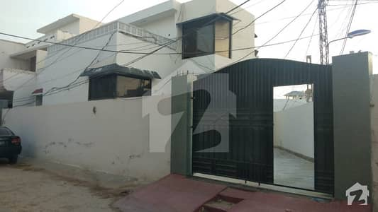 گلستانِ سجاد حیدر آباد میں 9 کمروں کا 17 مرلہ مکان 3.2 کروڑ میں برائے فروخت۔