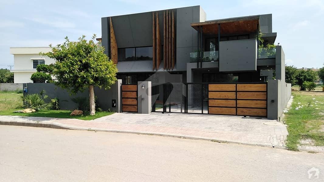 1.25 Kanal Luxury House For Sale