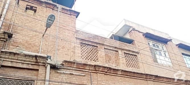 صدر پشاور میں 5 کمروں کا 9 مرلہ مکان 3.5 کروڑ میں برائے فروخت۔