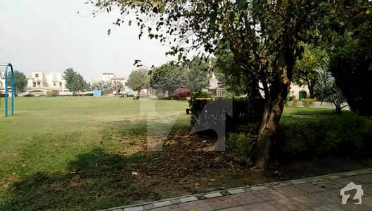 Future Investment 10 Marla Plot For Sale In Bahria Town