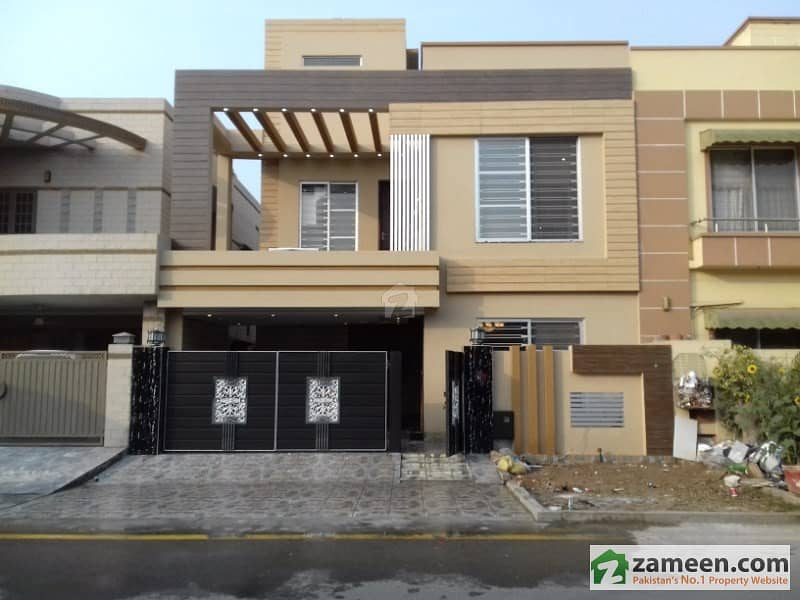 8 Marla Brand New House For Sale In Ali Block Main Boulevard