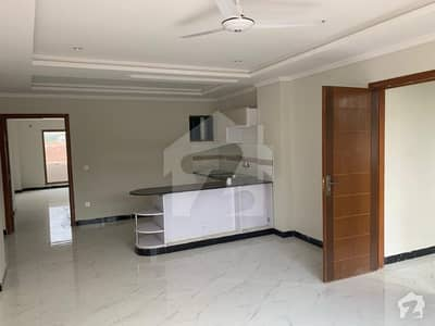 1 Bed Luxurious Apartment Available For Sale
