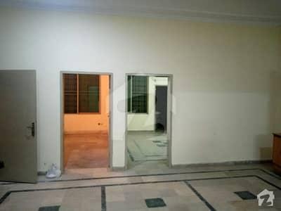 پی آئی اے ہاؤسنگ سکیم ۔ بلاک اے پی آئی اے ہاؤسنگ سکیم لاہور میں 2 کمروں کا 10 مرلہ زیریں پورشن 40 ہزار میں کرایہ پر دستیاب ہے۔