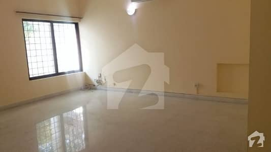 6 Bedrooms House For Sale In F-7