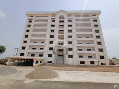 عسکری 6 پشاور میں 5 کمروں کا 13 مرلہ فلیٹ 1.76 کروڑ میں برائے فروخت۔