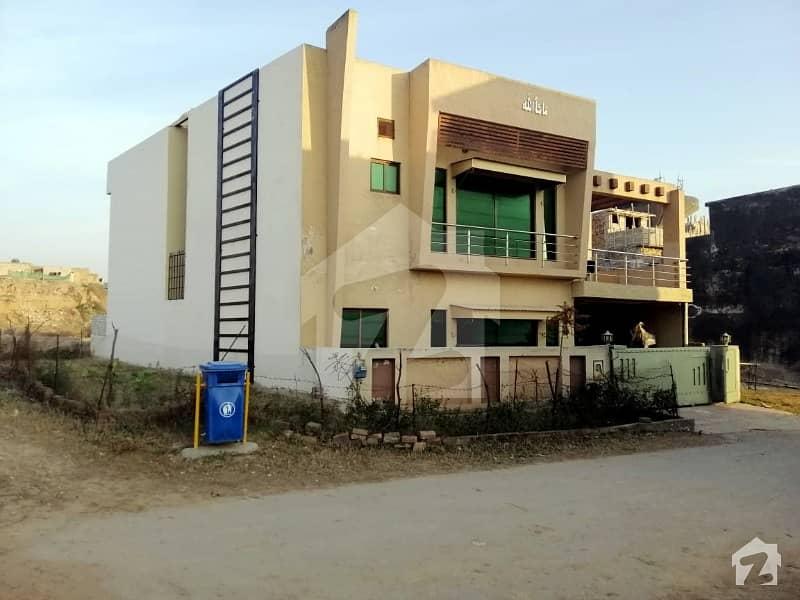 بحریہ ٹاؤن فیز 8 بحریہ ٹاؤن راولپنڈی راولپنڈی میں 5 کمروں کا 10 مرلہ مکان 1.6 کروڑ میں برائے فروخت۔