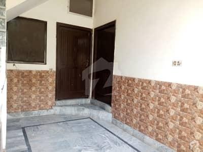 نعمت کالونی نمبر 1 فیصل آباد میں 4 کمروں کا 5 مرلہ مکان 75 لاکھ میں برائے فروخت۔