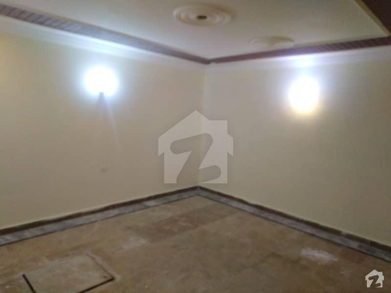 حیات آباد فیز 7 - ای5 حیات آباد فیز 7 حیات آباد پشاور میں 8 کمروں کا 5 مرلہ مکان 2.1 کروڑ میں برائے فروخت۔