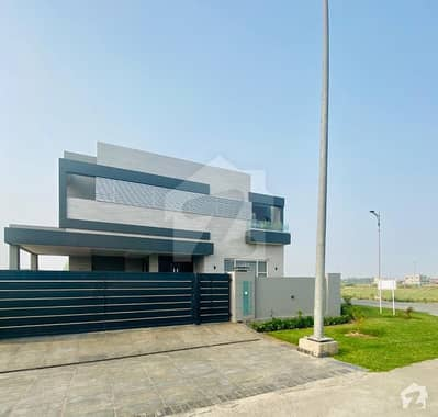 1 Kanal Corner Owner Build House For Sale