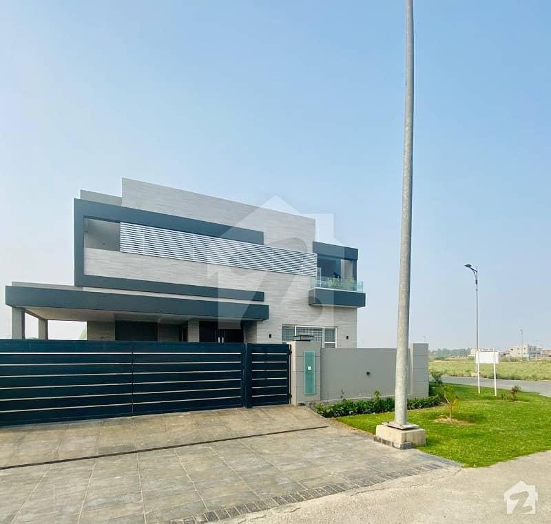 1 Kanal Corner Owner Build House For Sale