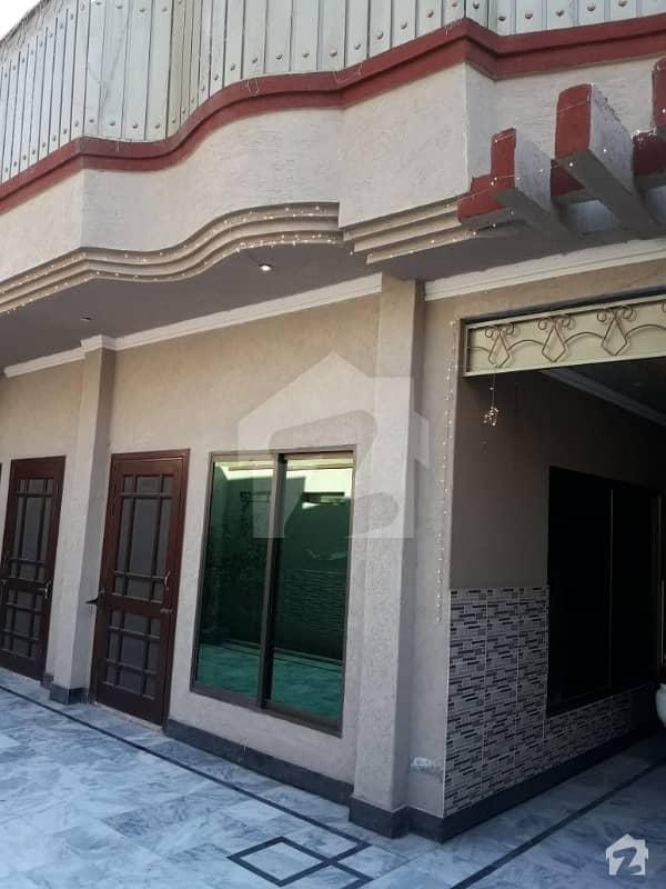 ورسک روڈ پشاور میں 4 کمروں کا 10 مرلہ مکان 2.3 کروڑ میں برائے فروخت۔