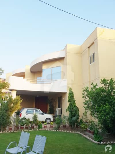 Luxury 35 Marla House For Sale In New Shalimar Colony Multan