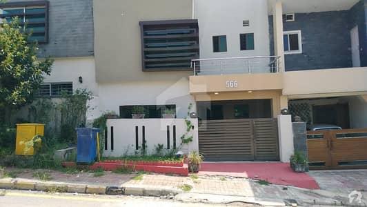 بحریہ ٹاؤن فیز 8 ۔ رفیع بلاک بحریہ ٹاؤن فیز 8 بحریہ ٹاؤن راولپنڈی راولپنڈی میں 3 کمروں کا 5 مرلہ مکان 1.05 کروڑ میں برائے فروخت۔