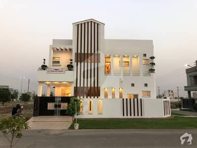 5 Marla Corner 50 ft road Brand New House For Sale