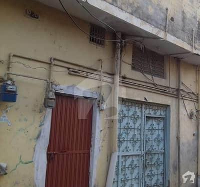 نواب آباد واہ میں 6 کمروں کا 6 مرلہ مکان 1.1 کروڑ میں برائے فروخت۔