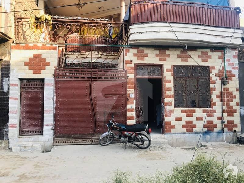 ورسک روڈ پشاور میں 3 کمروں کا 5 مرلہ زیریں پورشن 16 ہزار میں کرایہ پر دستیاب ہے۔
