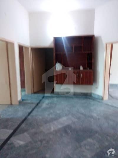 مرغزار آفیسرز کالونی لاہور میں 4 کمروں کا 10 مرلہ مکان 1.7 کروڑ میں برائے فروخت۔