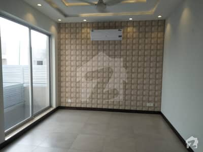 10 Marla Full House For Rent In DHA Phase 6 Lahore