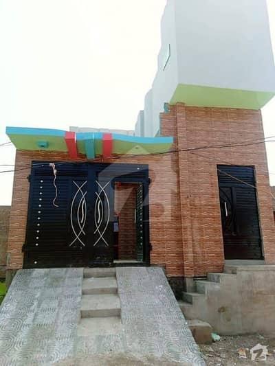 دیگر لاڑکانہ میں 5 کمروں کا 6 مرلہ مکان 65 لاکھ میں برائے فروخت۔