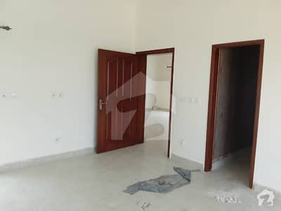 ڈی ایچ اے 11 رہبر فیز 1 ڈی ایچ اے 11 رہبر لاہور میں 3 کمروں کا 10 مرلہ مکان 75 ہزار میں کرایہ پر دستیاب ہے۔