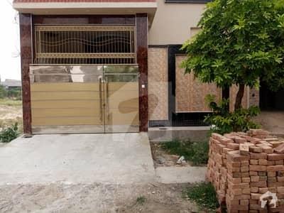 فواد ولاز اوکاڑہ میں 4 کمروں کا 5 مرلہ مکان 85 لاکھ میں برائے فروخت۔