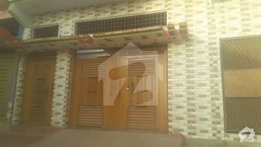 ادرز جامشورو میں 4 کمروں کا 9 مرلہ مکان 60 لاکھ میں برائے فروخت۔
