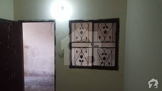 Room For Rent In Hostel