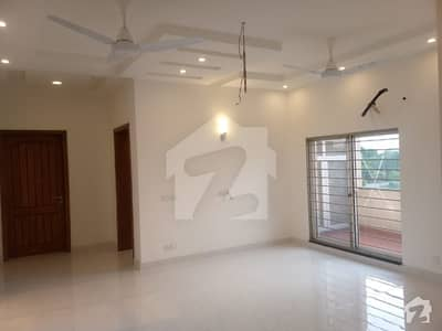 One Kanal Upper Portion For Rent In Dha Phase 7