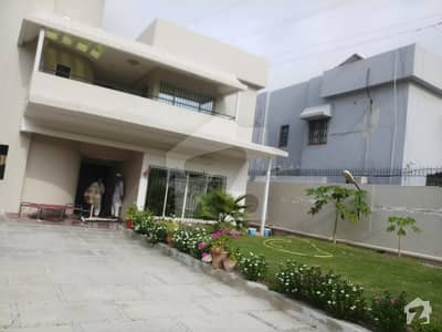 Bungalow Available For Rent Block 9 Clifton 500 Yard