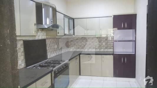 اولڈ کلفٹن کراچی میں 3 کمروں کا 11 مرلہ فلیٹ 1.25 لاکھ میں کرایہ پر دستیاب ہے۔