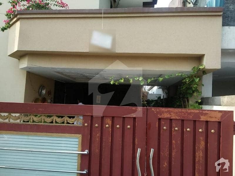 بحریہ ٹاؤن فیز 7 بحریہ ٹاؤن راولپنڈی راولپنڈی میں 2 کمروں کا 5 مرلہ کمرہ 30 ہزار میں کرایہ پر دستیاب ہے۔