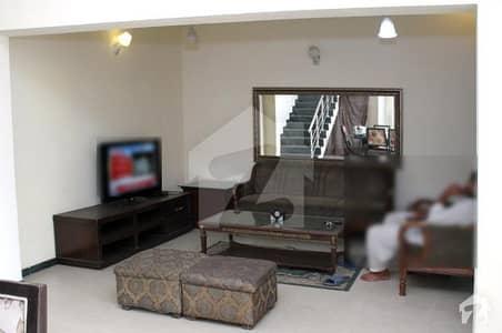 ڈی ایچ اے فیز 2 ڈیفنس (ڈی ایچ اے) لاہور میں 3 کمروں کا 5 مرلہ فلیٹ 85 ہزار میں کرایہ پر دستیاب ہے۔