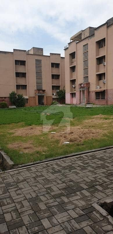 700  Square Feet Flat At G-11/4 For Sale