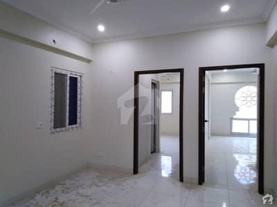 سحر کمرشل ایریا ڈی ایچ اے فیز 7 ڈی ایچ اے کراچی میں 3 کمروں کا 8 مرلہ فلیٹ 1.7 کروڑ میں برائے فروخت۔